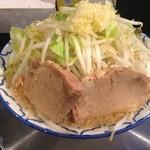 らーめん浜八道 - 豚骨醤油ラーメン700円