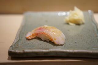 松栄 恵比寿本店 - キンキ 寿司ネタは珍しい