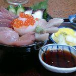 佐吉 - 海鮮丼