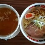 阿波家 - 地鶏 塩つけ麺