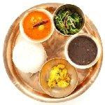 カトマンドゥ - ネパールセット ネパールのポピュラーなダルー豆スープの定食♪