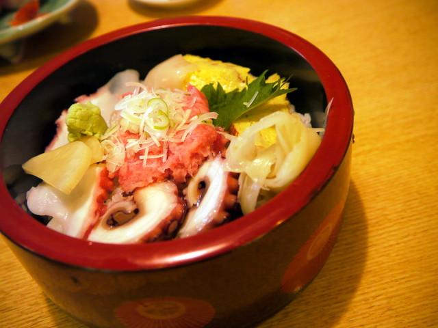 蛇の目鮨 - 三色ねぎとろ丼