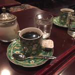 花 - 2016年1月。食後のコーヒー。