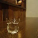 善知鳥 - スッと提供される薄め水