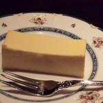 46356945 - 相方のチーズケーキ