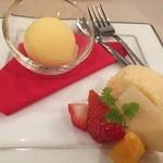 GINZA KOSO - ランチコースのデザート盛り合わせ