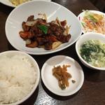 健康中華 青蓮 - 黒酢酢豚のランチ