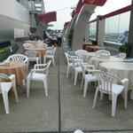 福岡空港ビアテラス - テラス席