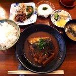 お食事処 いづみ - お食事処 いづみ @逗子 鯖の味噌煮定食 950円