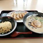 餃子の王将 - 料理写真:王将セット \860(税別)