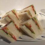 フラワーベル - 料理写真:野菜サンド¥530☆