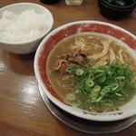 東大 - 徳島ラーメン並+ライス
