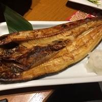 魚民-魚民のホッケ。昔ながらのサイズ感がなんとも嬉しくなります(*´-`*)