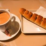 サンマルクカフェ - コーヒー・M(ホット)、やみつきドッグ