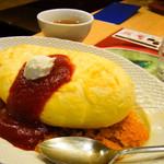 ふんわり卵 - スフレ卵のオムライス