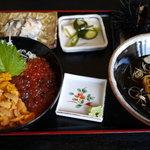 前浜 - 料理写真:ウニいくら丼