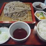 鳥おか - ソバ定食、1100円。唐揚げ付き。