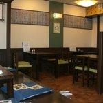 飛騨 - 店内:テーブル・座敷