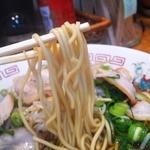 Mikannoie - 麺は中細ストレート麺 茹で加減が良かった