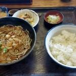 和田久 - セットのたぬきそばとご飯