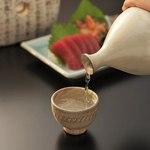 魚や一丁 - ドリンク写真:仕事帰りに軽く一杯♪ 日本酒は飲みきり小瓶も人気です☆