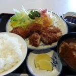 とんとん亭 - チキンかつ定食 700円