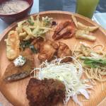 46394720 - 大人(¥1,300) 温菜盛り付け例