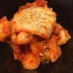焼肉もつ鍋おおやま - 白菜キムチ