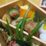 魚喜久 - 綺麗な盛り付け