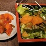 韓々 - キムチとサラダ
