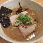 鶏の骨 - 鶏の骨ラーメン・麺硬め(750円)