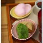 茶の愉 - わらび餅とモナカ