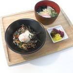 マルヘリキッチン - ミニ今治焼豚玉子丼+ハーフうどん