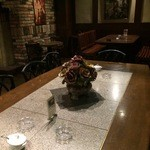 萬屋宗兵衛 - 大きなテーブルが1卓ありました
