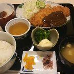 厨房三菜膳 - 味噌カツ定食@800