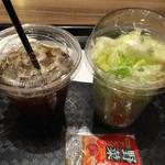 46415193 - サラダとナポリスコーヒーアイス380円+税