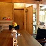 田舎cafe おそらゆき - 店内は明るくて心地良いです