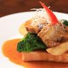 遊喜智 - 料理写真:豚の角煮焼パンのせ