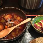 46422346 - 鮪 角造り、鶏団子 黒酢餡掛け