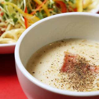 浅草カルボつけ麺