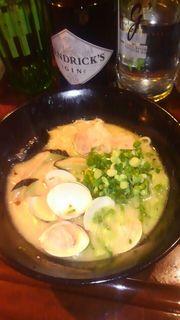 ラーメン&丼の美味い店 上海 - はまぐりラーメン