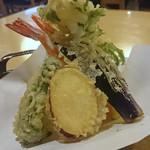 良味食堂 - 天ぷら(正面)