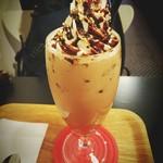 カフェ ユイ - ダブルチョコレートラテのICEです!