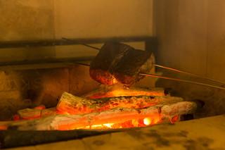 岡山 長楽亭 - 炉窯で焼くお肉