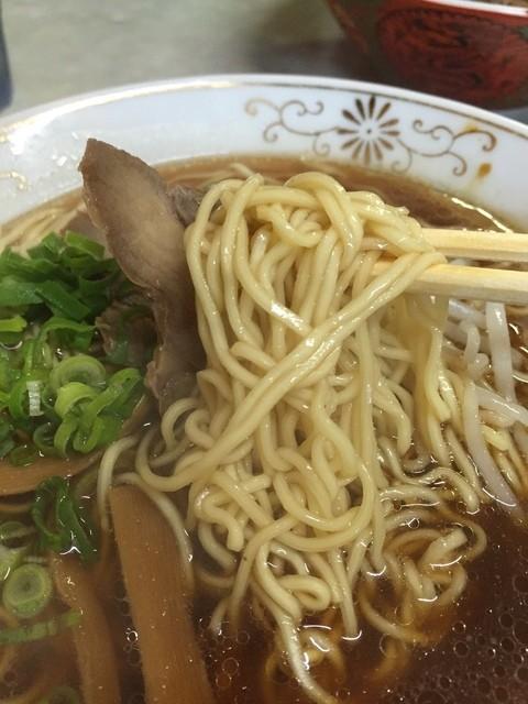 本町食堂 - 中太麺~