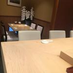 46437203 - テーブル席もあります