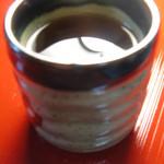 健康食工房 たかの - 店でおd差ししているお茶は「三年番茶」とてもやさしいお番茶です。