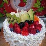 わがままおばさんのシュークリーム - フルーツケーキ