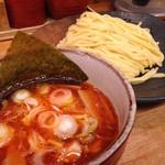 つけ麺屋 やすべえ - 辛味つけ麺 中盛り(760円)+辛味ダブル(0円)