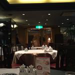 ローズホテル横浜 - レストラン内装(^∇^)